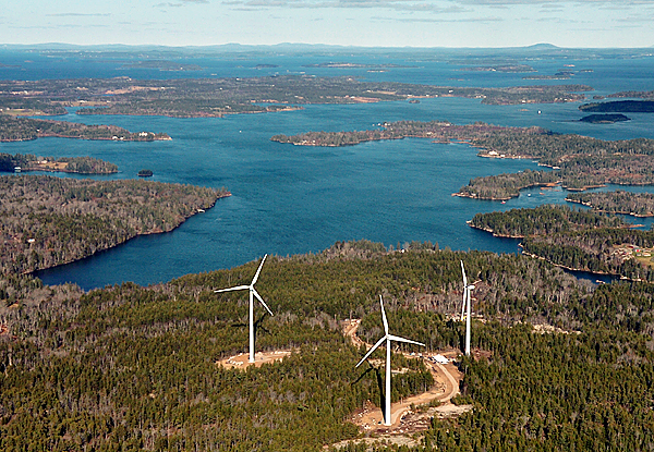 Fox Islands Windfarm, Vinalhaven (courtesy Bangor Daily News)